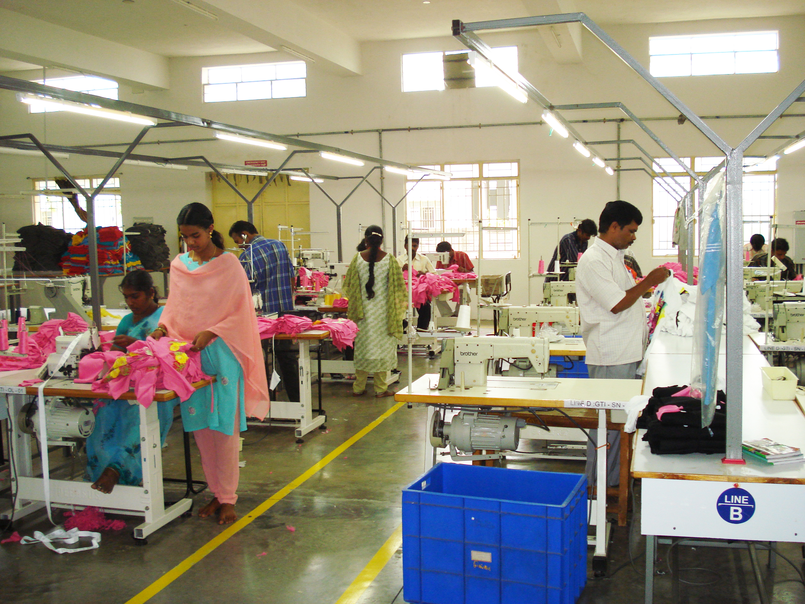 Knitting Units In Tirupur : Knitted and woven garments manufacturing soucring